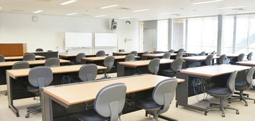 実習室1 内観